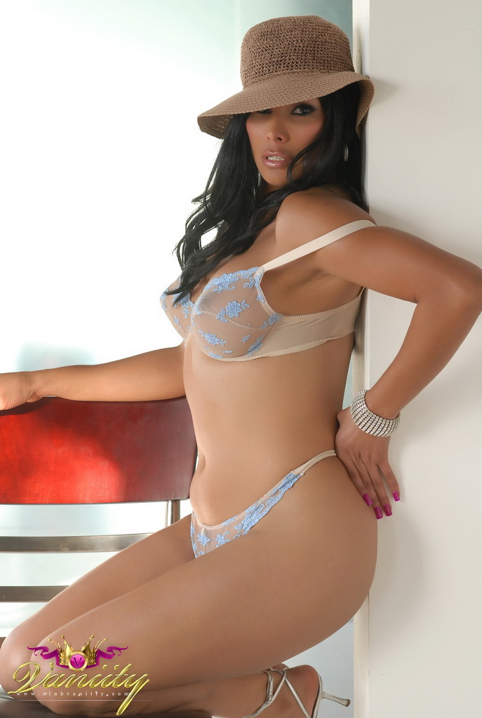 Vaniity Bra and Panties