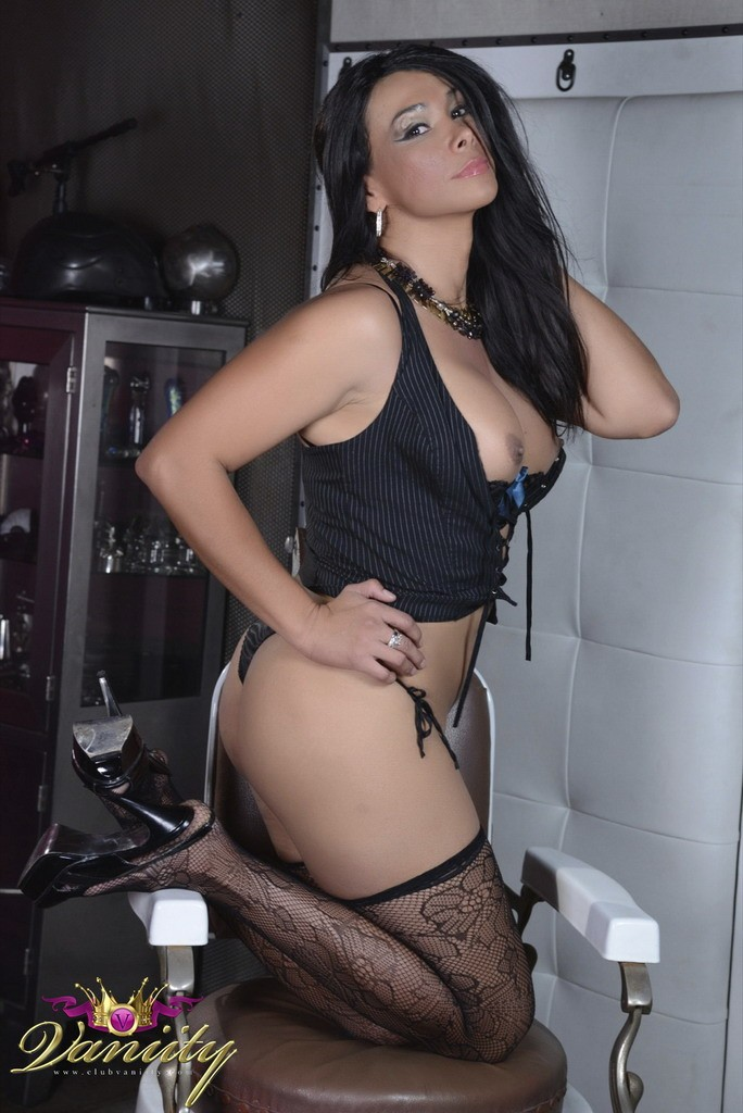 Vaniity_Barber_Chair_Pictures_009