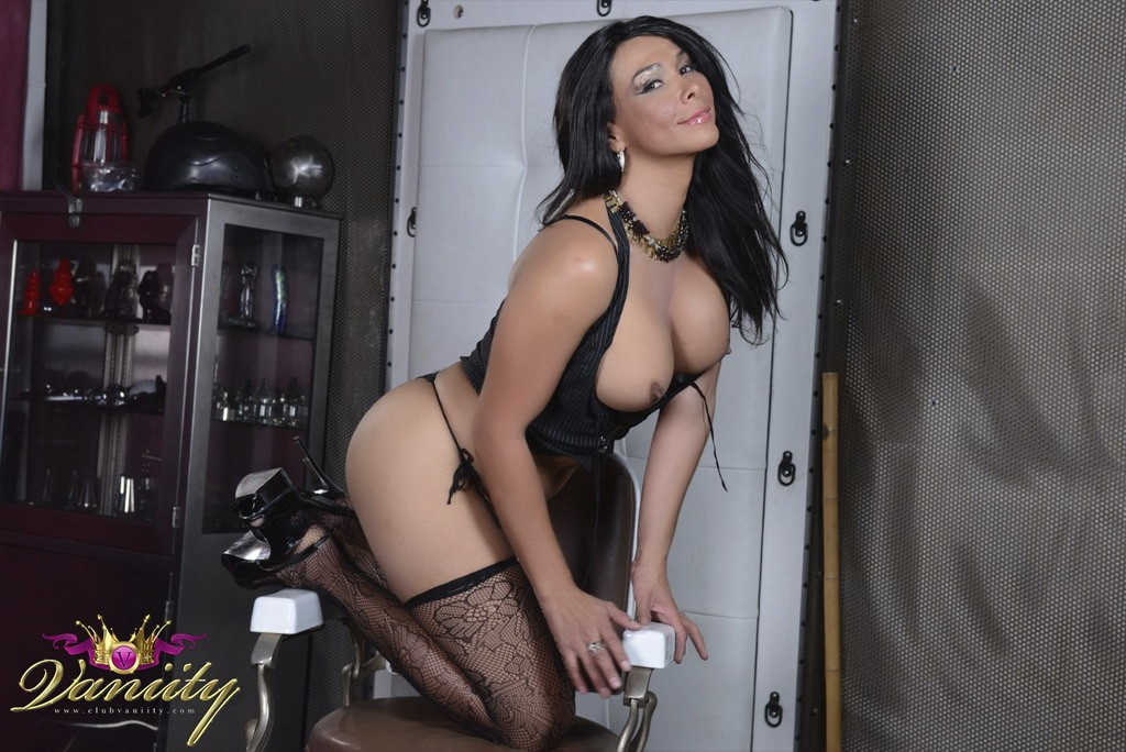 Vaniity_Barber_Chair_Pictures_011